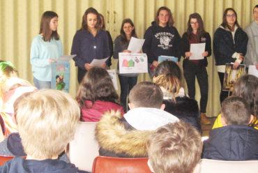 Des lycéens organisent un défi-lecture pour les sixièmes D et E du collège